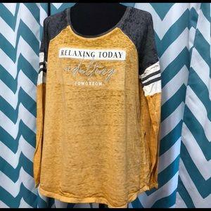 Lightweight comfy long sleeve t-shirt